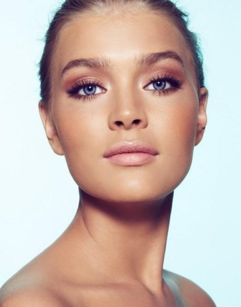 Kim-Kardashian-Makeup-Blog-Bronze-6-491x626