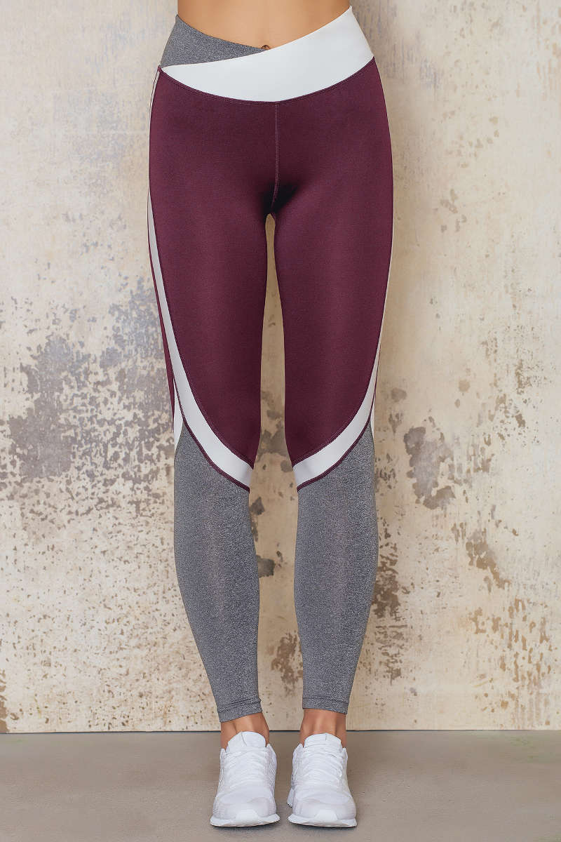 sanne_alexandra_shop_sports_bra_1059-000033-0212-_-tights_1059-000035-0212-8972