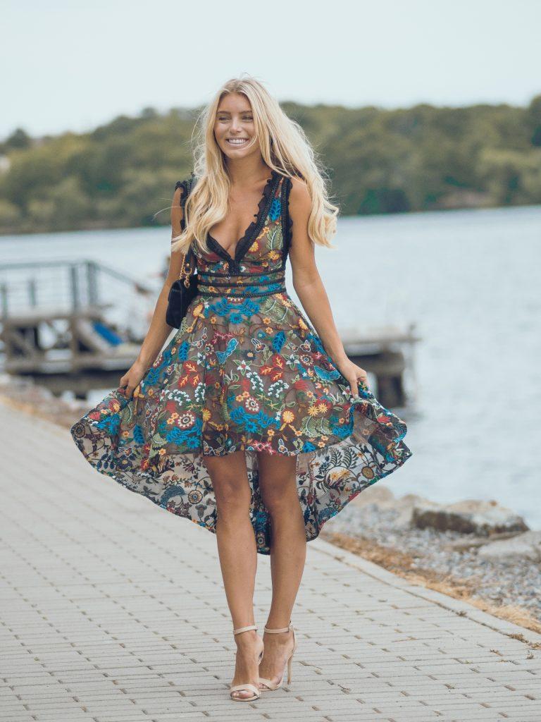 klänning för bröllopsgäster