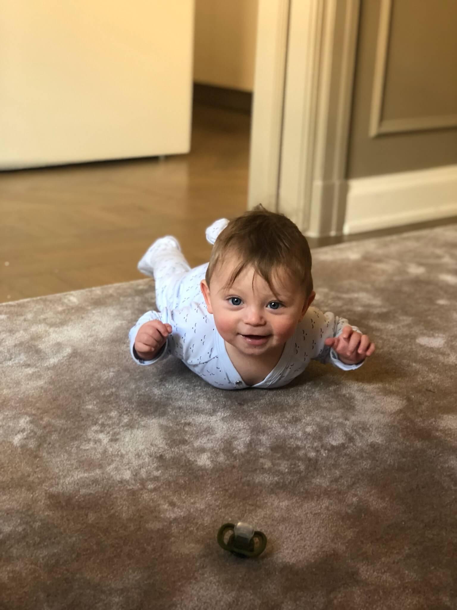 7 månaders bebis mat